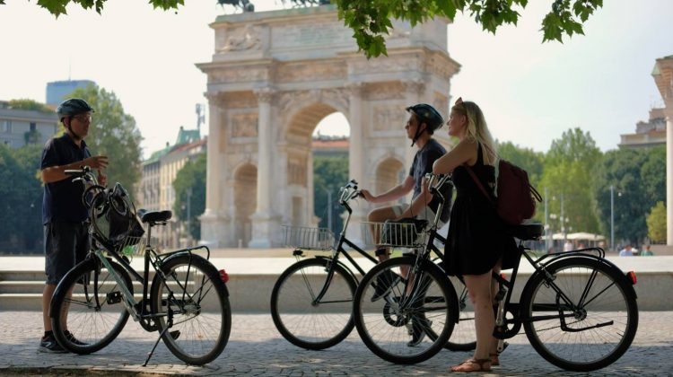 Milan City Tour Private Bike Tour Milano Arco della Pace