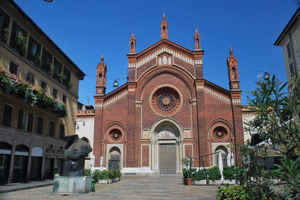 chiesa santa maria del carmine milano italy